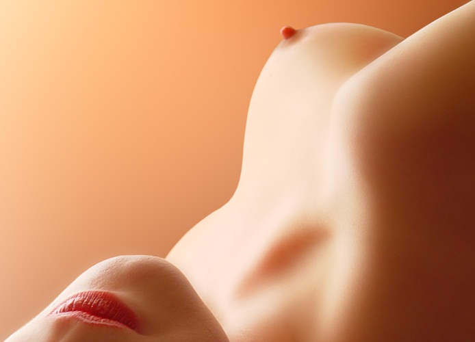 Ngực phụ nữ thế nào là đẹp